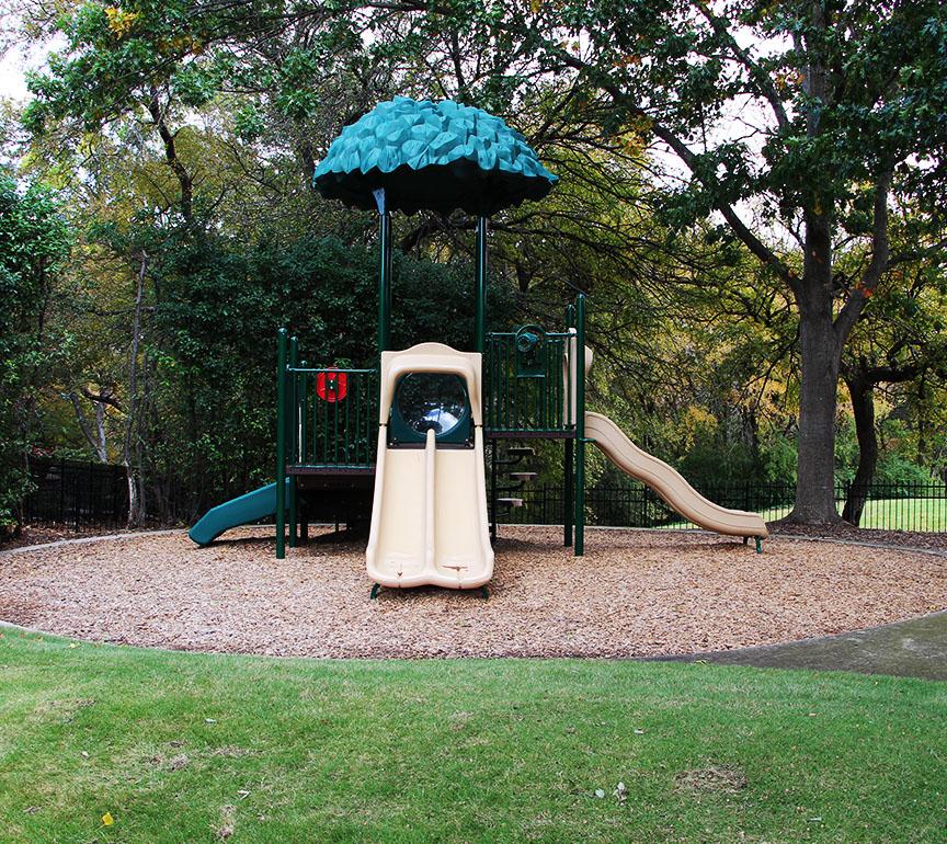 Arbor Park: Parks & Playgrounds